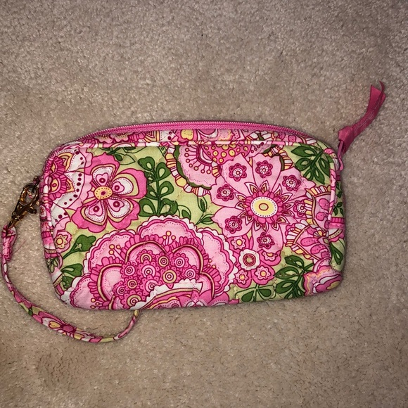 Vera Bradley Handbags - Vera Bradley wristlet